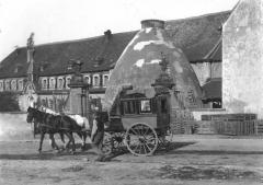 Faïencerie -  L'entrée des faïenceries de Niderviller vers 1900.