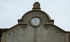 Ancien couvent des Récollets - Français:   Détail de l\'horloge, au fronton du bâtiment.