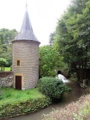 Ancien moulin à couleurs - English: Prix-lès-Mézières (Ardennes) pigeonnier du moulin à couleurs