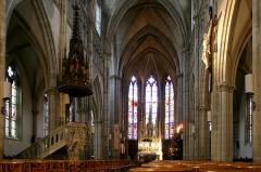 Eglise Saint-Amé - Français:   Intérieur de l\'église Saint-Amé de Plombières-les-Bains