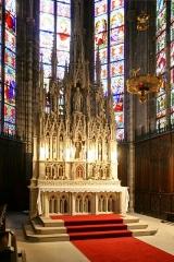 Eglise Saint-Amé - Français:   Retable du maître-autel de l\'église Saint-Amé de Plombières-les-Bains