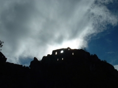 Château cathare - Español: Vista a contraluz de las ruinas del castillo de Roquefixade (Francia)