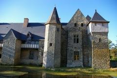 Seigneurie de la Grande Courbe - Deutsch: Rückseite des Schlosses la Grande Courbe de Brée