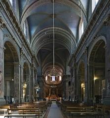 Ancien prieuré de la Daurade - English:   Interior of Basilica of Notre-Dame de la Daurade in Toulouse - Before the 2019 restoration.