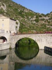 Pont romain - English: Roman bridge on the river Ouvèze at Le Pouzin