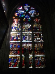 Maison du 16e siècle - Vitrail de l'église de la Madeleine de Troyes (Aube, France)