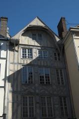 Immeuble - Deutsch: Fachwerkhaus in der Rue Émile Zola in Troyes im Département Aube (Champagne-Ardenne/Frankreich)
