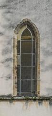 Eglise du Gua - English: Window of the church of Notre-Dame du Gua in Aubin, Aveyron, France