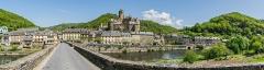 Pont dit d'Estaing (également sur commune de Sébrazac) - English: Panoramic view of Estaing, Aveyron, France