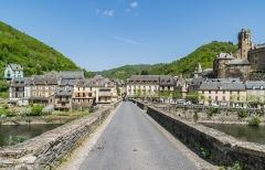 Pont dit d'Estaing (également sur commune de Sébrazac) - English: Bridge over Lot River in Estaing, Aveyron, France