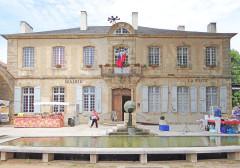 Ancien hôtel Ayrolle des Angles, actuellement hôtel de ville - Français:   Nant - Hôtel Ayrolles des Angles