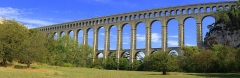 Aqueduc de Roquefavour - This building is indexed in the Base Mérimée, a database of architectural heritage maintained by the French Ministry of Culture, under the reference PA13000038 .