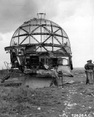 Ancienne station radar - English: German giant radar of Würzburg, installed near the beach of Normandy.