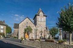Eglise Notre-Dame de la Purification - English: Church of Our Lady of the Purification of Cassaniouze, Cantal, France