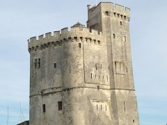 Slip way - English: This is the entrance fort in La Rochelle port in France