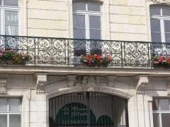 Ateliers Célestin Gérard, devenus Société française de matériel agricole et industriel, puis usine Case - Vierzon - ateliers Célestin Gérard - maison patronale