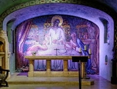 Eglise du Sacré-Coeur : l'église ; les façades et toitures du presbytère, de l'ancienne cité paroissiale, actuel centre universitaire catholique, et la clôture de ces bâtiments (cad. AV 222, 223) : inscription par arrêté du 2 août 2012 - Crypte de l'église du Sacré-Cœur, (Dijon, Côte d'Or, Bourgogne, France).