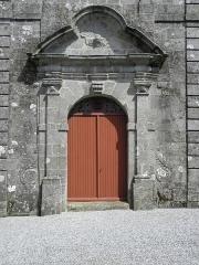 Château de Trégarantec - Église Notre-Dame de Délivrance du Quillio (22). Porte occidentale.