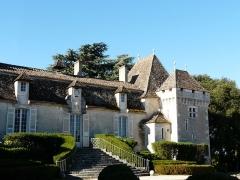 Château de Pouthet - Français:   Le côté ouest de la façade nord du château de Pouthet, Eymet, Dordogne, France.