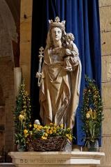 Chapelle Saint-Front du Colubri -  Vue de l'église abbatiale de Cadouin.