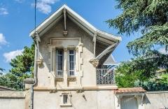 Ancien clos Genest : villa des Cigales et villa Margot - Français:   Valence (Drôme, France), Clos Genest, villa des Cigales, détail.