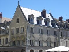 Maisons canoniales - Français:   Maison canoniale, 2 rue du Cloître-Notre-Dame, Chartres (Eure-et-Loir, France)