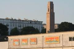 Naval Monument ou Mémorial américain de la Première Guerre mondiale -  Cour d'Ajot et monument américain vu du port de Brest