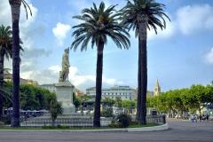 Monument commémoratif de Napoléon Ier -  Bastia, Corse (France) - Statue de l'empereur Napoléon Ier sur la place Saint-Nicolas