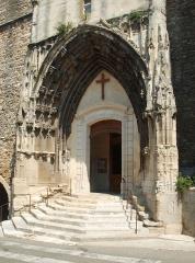 Eglise paroissiale Saint-Saturnin - Français:   France - Gard - Pont-Saint-Esprit - Église Saint-Saturnin