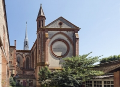 Couvent Sainte-Catherine de Sienne - English:  Church Notre-Dame-des-Sept-Douleurs et de Sainte-Catherine-de-Sienne Blagnac - West exposure Architect: Henry Bach (1815-1899)</dd>