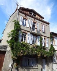 Immeuble dit anciens greniers du Chapitre Saint-Sernin ou ancien dortoir - Français:   Anciens greniers du Chapitre Saint-Sernin au 1bis rue des Cuves-Saint-Sernin, Toulouse