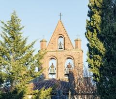 Eglise Saint-Pierre - English:  Saint-Marcel-Paulel. The church Saint Pierre. Bell gables.