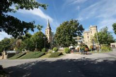 Château - Nederlands: Het dorpscentrum van Saint-Blancard (Gers, Frankrijk).