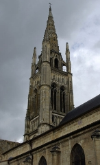 Eglise Saint-Jean - English:   Saint-Jean church tower in Libourne (Gironde, France). National Heritage Site of France.