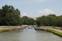 Canal du Midi : pont-aqueduc - English: Bridge of the Canal du Midi over the river Orb near Béziers, Hérault, France