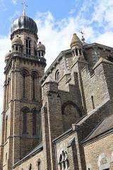 Eglise Saint-Pierre - Extérieur de l'église Saint-Maximilien-Kolbe de Corps-Nuds (35).