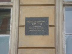 Malouinière de Rivasselou - English: Commemorative plaque for Gustaf Dalman at Bahnhofstraße 46/47 in Greifswald, Germany.