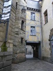 Ancienne prison Saint-Michel -  entree de l'ancienne prison st michel