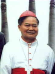 Oratoire Saint-Roch et ancien cimetière - English: Peter Liu Cheng-chung, Bishop of Kaohsiung, in August 2013