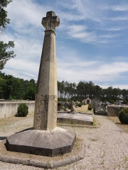 Monument aux morts - English: Onesse-et-Laharie (Landes) monument aux morts