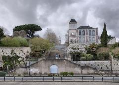 Ancien observatoire de la Marine - Русский: 3 Rue de l'Hermitage, Nantes, la ville où Jules Verne est né le 8 février 1828 et où il a passé sa jeunesse.