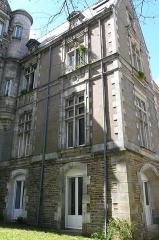 Hôtel Leglas-Maurice - Français:   Hôtel Leglas-Maurice, façade S-E, 3ème pan, 134 boulevard Bellamy