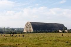 Hangar à dirigeables - English:  Airships hangar in Écausseville (Manche, France).