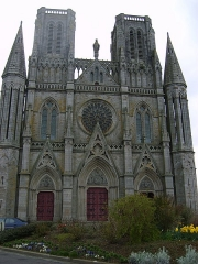 Eglise Notre-Dame des Champs - This building is indexed in the Base Mérimée, a database of architectural heritage maintained by the French Ministry of Culture, under the reference PA50000040 .