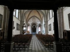 Chapelle Sainte-Croix -  Nef de la cathédrale de la Sainte-Trinité de Laval, Mayenne, Pays de la Loire.