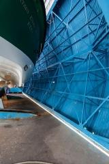 Station de sauvetage en mer de la commune d'Etel, sise dans l'extrémité sud du quai sur la rivière d'Etel - Français:  Porte pivotante de la station de sauvetage en mer d'Étel (France)