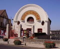 Cinéma Eden - English:   The Cinéma Éden in Cosne-Cours-sur-Loire, Nièvre, France.