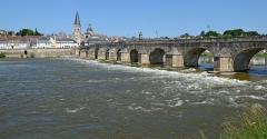 Grand pont sur la Loire - Français:   Grand pont sur la Loire à La Charité-sur-Loire