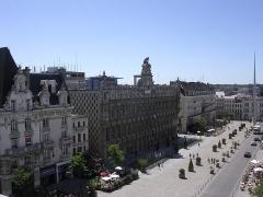 Hôtel de ville - English: Place d'Armes
