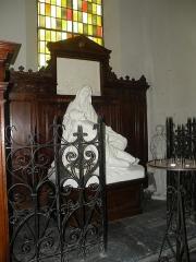 Eglise Notre-Dame du Tilleul ou église de Sous-le-Bois - Français:   Église Notre-Dame-du-Tilleul de Maubeuge pieta